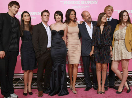 Ashton Kutcher, Demi Moore, Michah Alberti, Rumer Willis, Emma Heming, Bruce Willis, Tallulah Belle Willis, Scout Willis, House Bunny